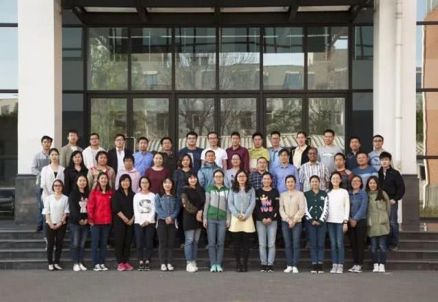 一本代表中国万博体育app苹果版官网高质量水平的报告正式出版发行啦!
